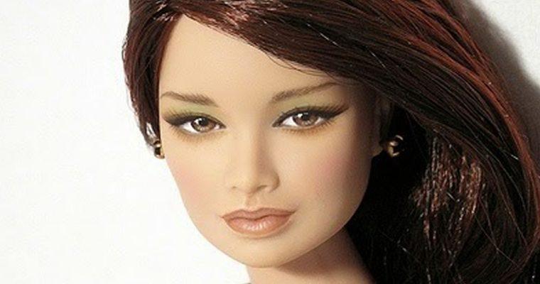A Barbie é uma bruxa, mas é linda